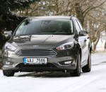 4-ford-focus-sedan-test-2015_galerie-980