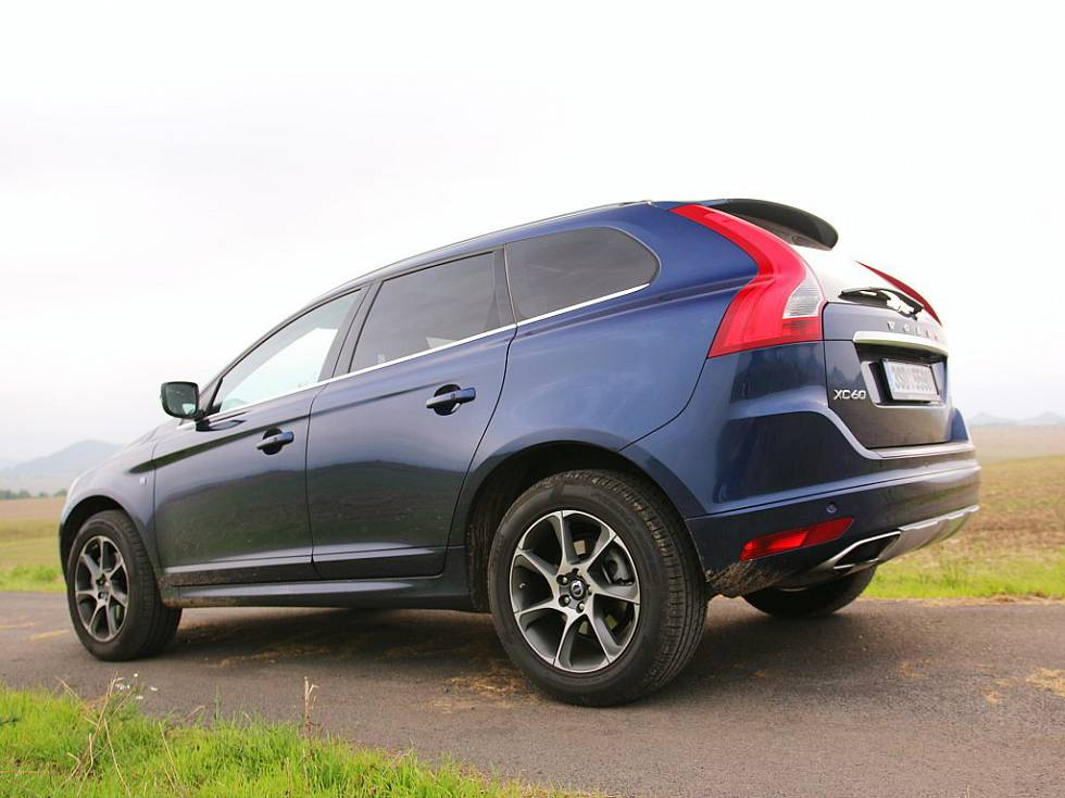 test volvo xc60 t5 drive e auto journal. Black Bedroom Furniture Sets. Home Design Ideas