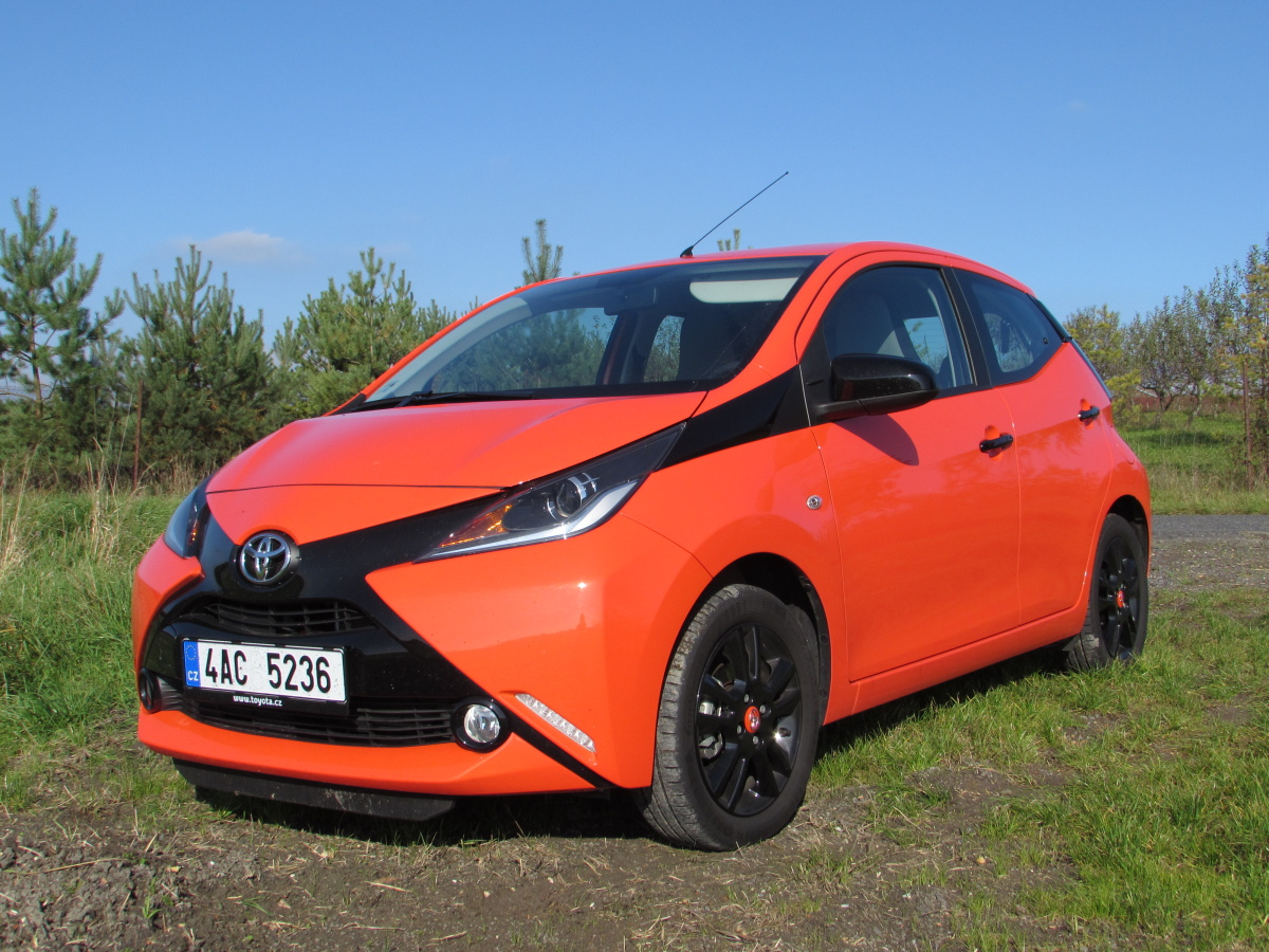 test toyota aygo 1 0 vvt i auto journal. Black Bedroom Furniture Sets. Home Design Ideas