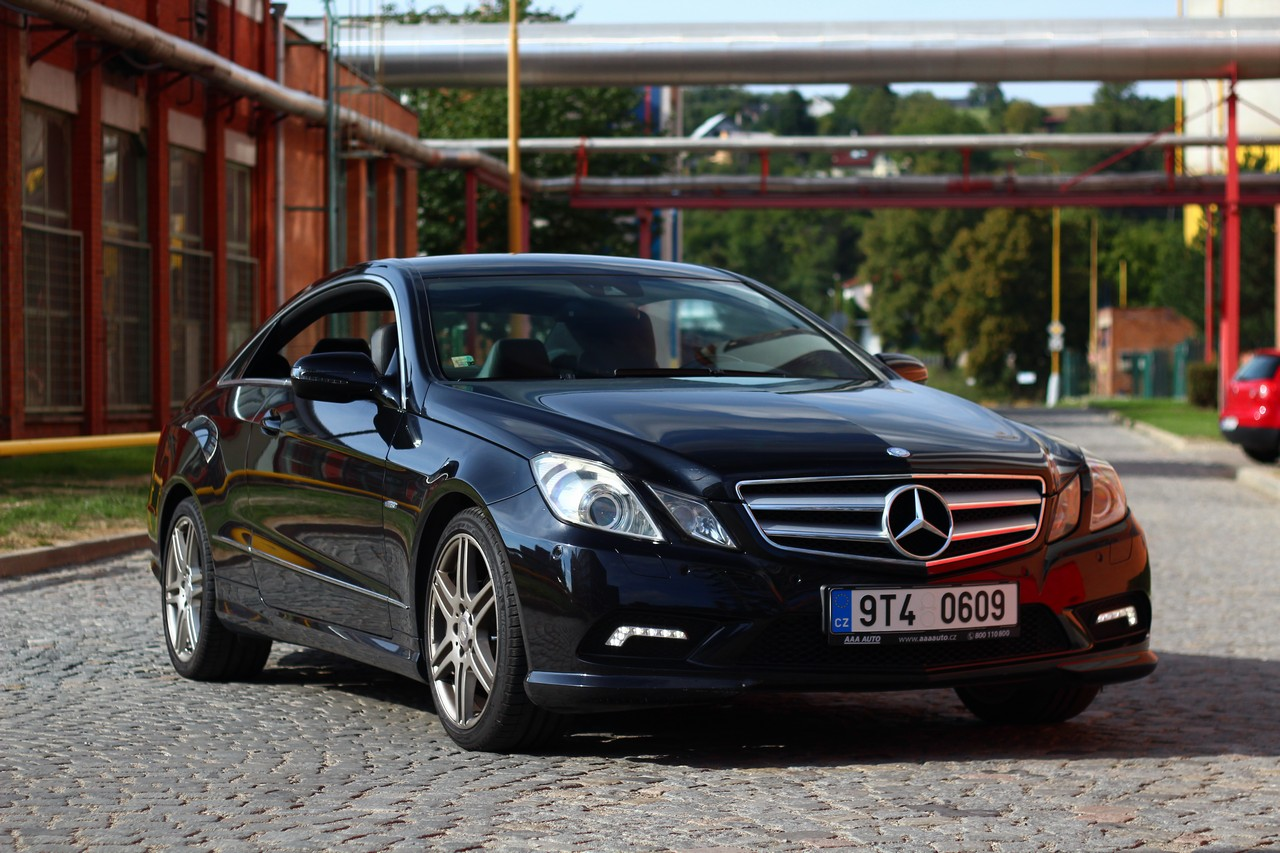 Test ojetiny mercedes benz e350 cdi coupe budete ho for Mercedes benz 6550