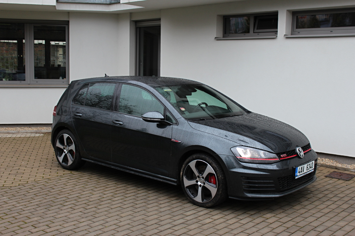 test volkswagen golf gti performance auto journal. Black Bedroom Furniture Sets. Home Design Ideas