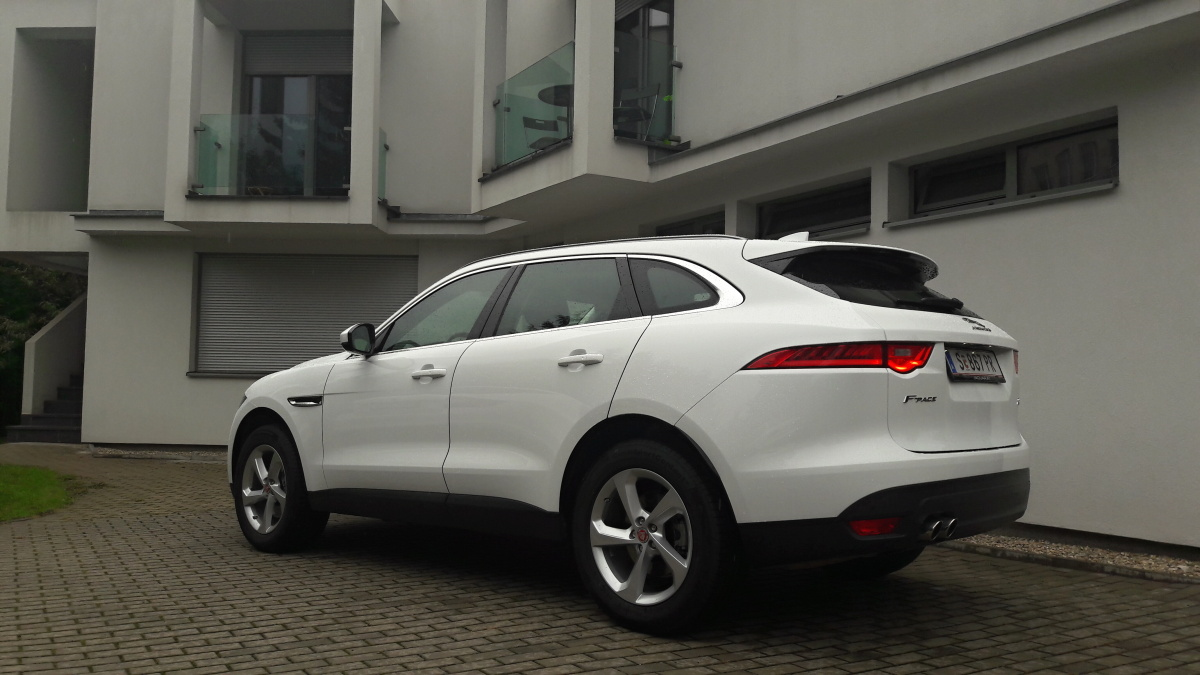 Test Jaguar F Pace Awd Elm Z Klad Auto Journal