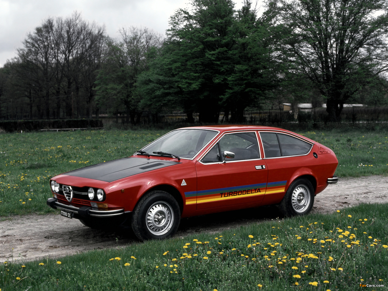 alfa romeo gtv 1974 1987 porno po italsku auto journal. Black Bedroom Furniture Sets. Home Design Ideas