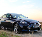 lexus-is-300h-exterior-4