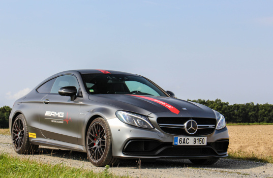 mercedes-amg-c63s-coupe-exterior-3