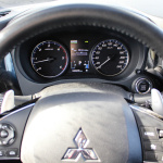 mitsubishi-outlander-my17-interior-1