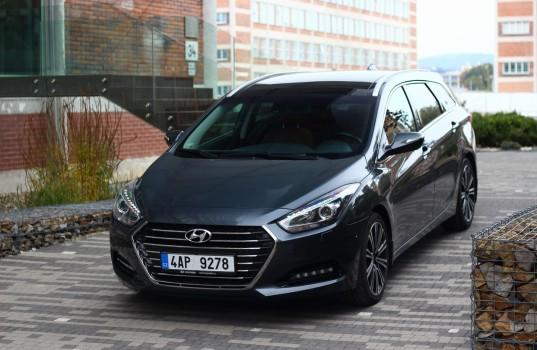 test hyundai i40 1.7 crdi kombi. mezi nejlepšími | auto journal
