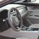 jaguar-xf-2016-interior-14
