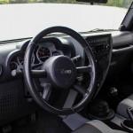 jeep-wrangler-interior-1