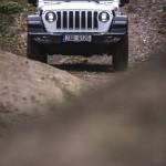 3_jeep-bela-p-bezdezem_43