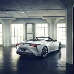 a08ee7d0-2019-lexus-lc-convertible-concept-7