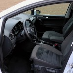 volkswagen-golf-sportsvan-interior-3
