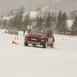 a_land_rover_discovery_sport_driving (12)