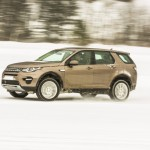 a_land_rover_discovery_sport_driving (15)