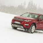 a_land_rover_discovery_sport_driving (21)