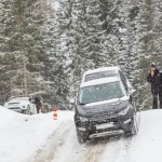 a_land_rover_discovery_sport_driving (36)