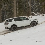 a_land_rover_discovery_sport_driving (8)