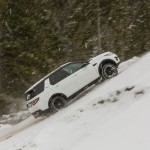 a_land_rover_discovery_sport_driving (9)