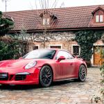 porsche 911 GTS exterior (1)