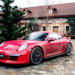 porsche 911 GTS exterior (2)