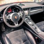 porsche 911 GTS interior (3)