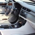 jaguar xf 2016 interior (18)