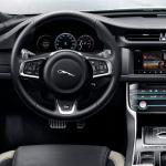 jaguar xf s interior (10)