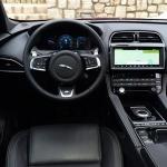 jaguar-fpace-interior-9
