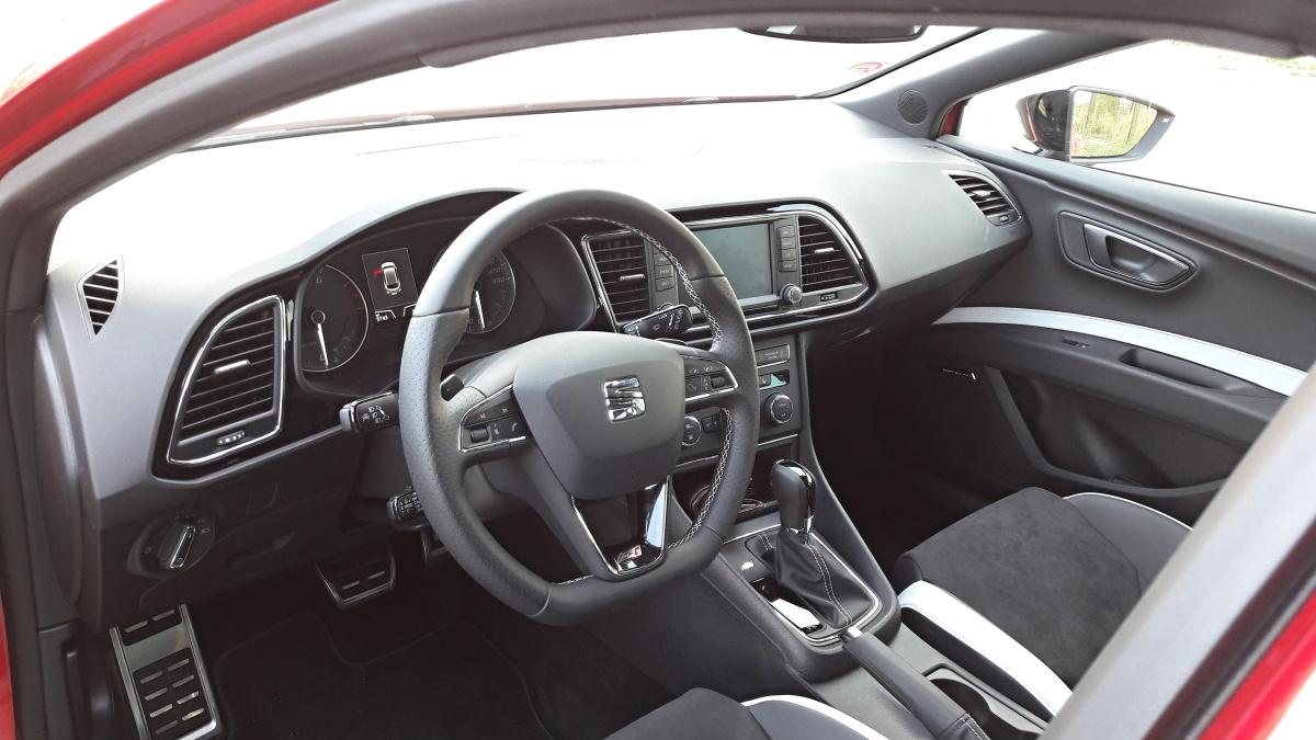 seat leon 2016 interior