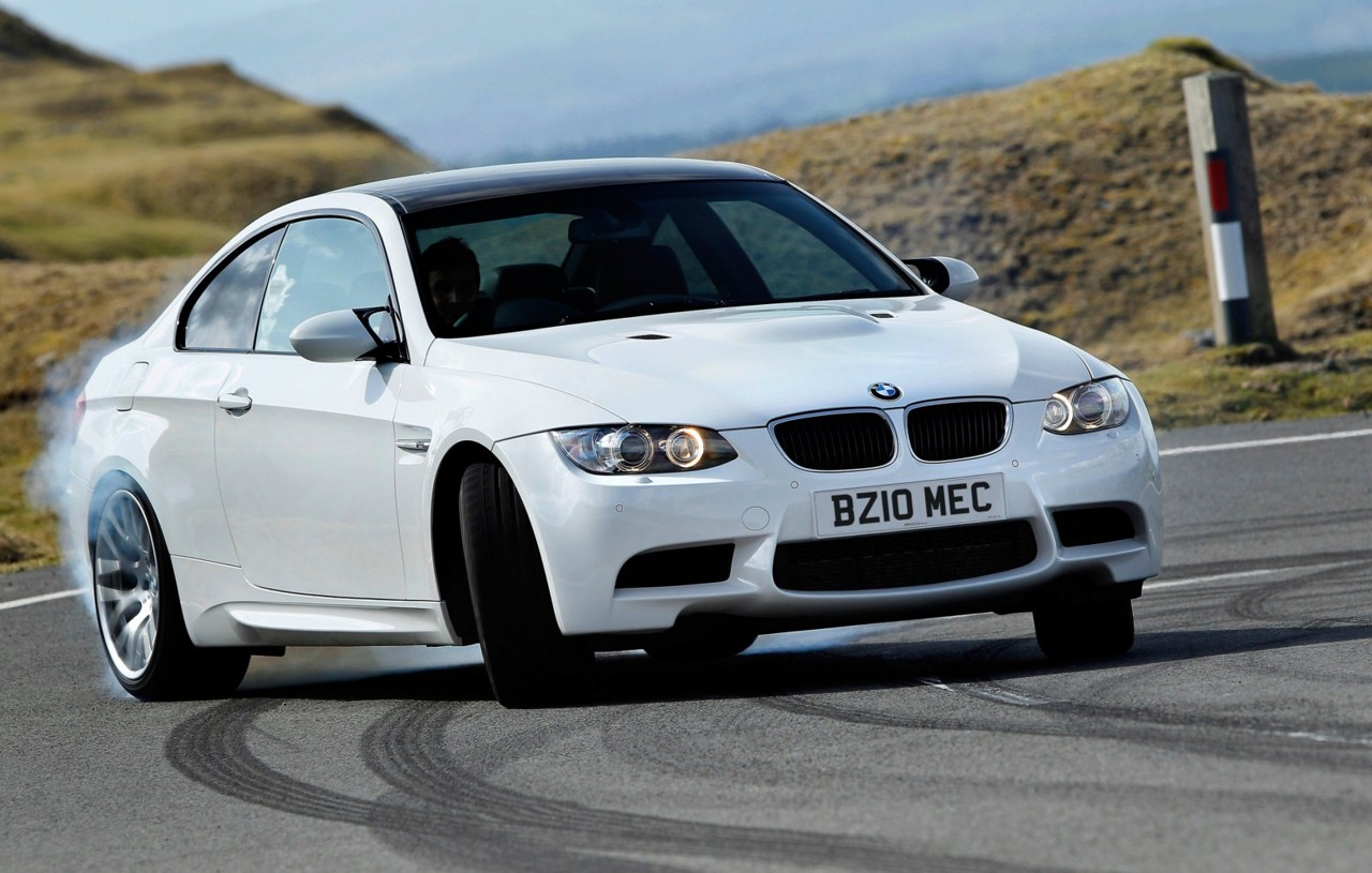 BMW-M3-E92-LCI-Competition-Paket-white-UK-13