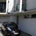 Nissan Leaf exterior (2)