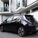 Nissan Leaf exterior (3)