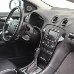 ford-mondeo-interior-9