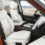 land-rover-discovery-5-interior-12