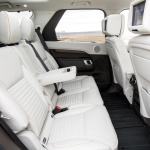 land-rover-discovery-5-interior-13