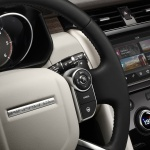 land-rover-discovery-5-interior-2
