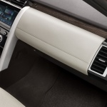 land-rover-discovery-5-interior-4