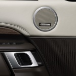 land-rover-discovery-5-interior-5