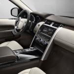 land-rover-discovery-5-interior-3