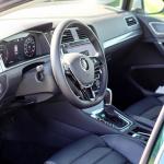 volkswagen-golf-alltrack-interior-2
