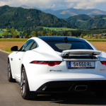 jaguar-f-type-coupe-2017-exterior-6