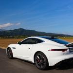 jaguar-f-type-coupe-2017-exterior-8