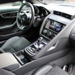 jaguar-f-type-coupe-2017-interior-10