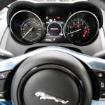 jaguar-f-type-coupe-2017-interior-5