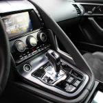 jaguar-f-type-coupe-2017-interior-9