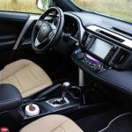 toyota-rav4-hybrid-interior-10