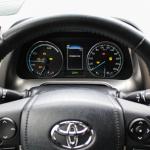 toyota-rav4-hybrid-interior-4