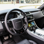 range-rover-sport-svr-interior-8