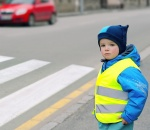 doprava_deti_do_skolky_auto_kelly_reflexni-vesta