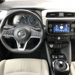 nissan-leaf-2018-interior-4